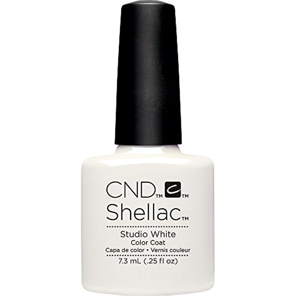 間違えた評決独立したCND(シーエヌディー) シェラック UVカラーコート7.3mL 526 Studio White(マット)