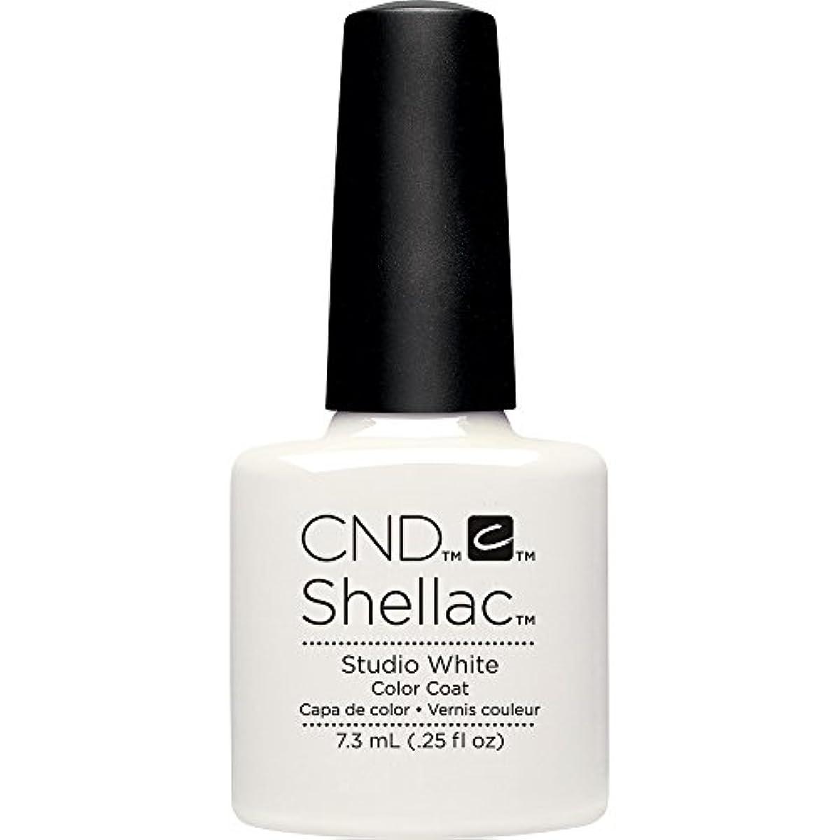 マングルひねり最終的にCND(シーエヌディー) シェラック UVカラーコート7.3mL 526 Studio White(マット)