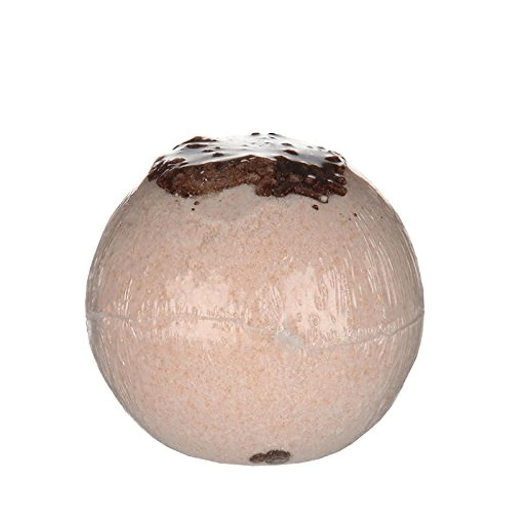 友だち解明する放牧するTreetsバスボールココナッツチョコレート170グラム - Treets Bath Ball Coconut Chocolate 170g (Treets) [並行輸入品]