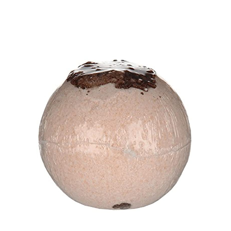 施設通知する驚かすTreetsバスボールココナッツチョコレート170グラム - Treets Bath Ball Coconut Chocolate 170g (Treets) [並行輸入品]