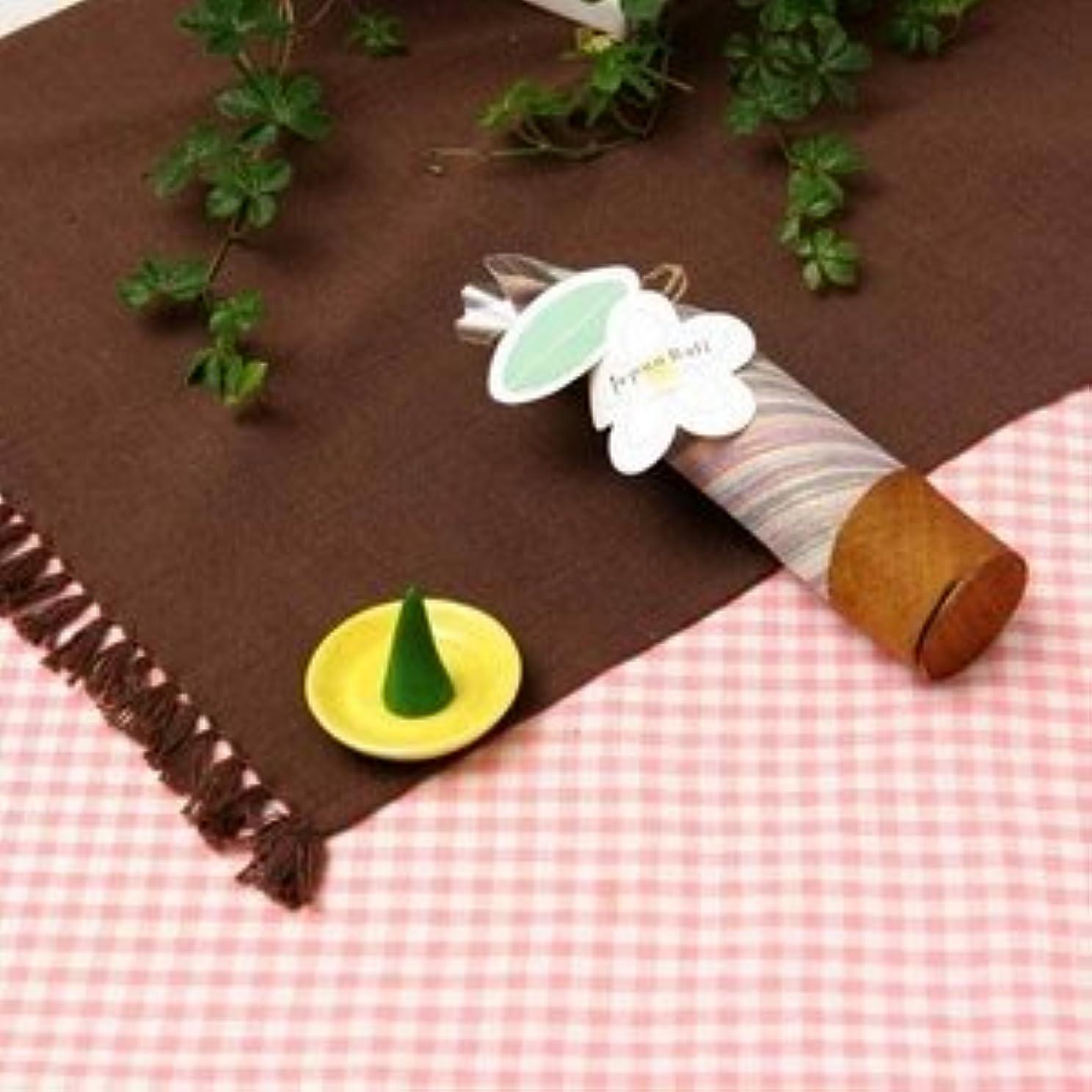 作り上げるむさぼり食う教育者Jupen Bari(ジュプン バリ) ロータス(太古の昔から現代に息づく永遠の花)