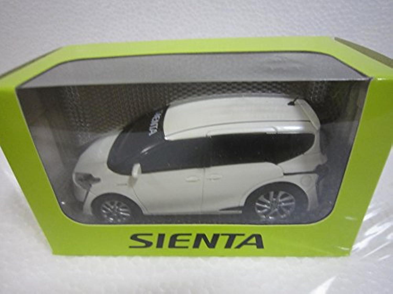 トヨタ プルバックカー ミニカー シエンタ ホワイトパール