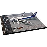 全日空商事 1/400 747-400 JA8958 GSE付き 羽田407SPOT (ドアクローズ) 完成品