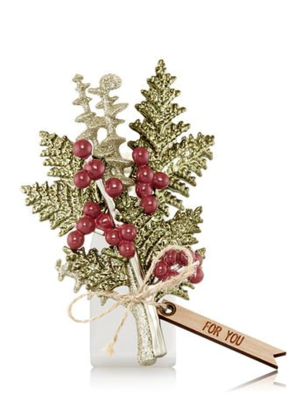 セメント粘性のプラカード【Bath&Body Works/バス&ボディワークス】 ルームフレグランス プラグインスターター (本体のみ) ウィンターボタニカル Wallflowers Fragrance Plug Winter Botanical...