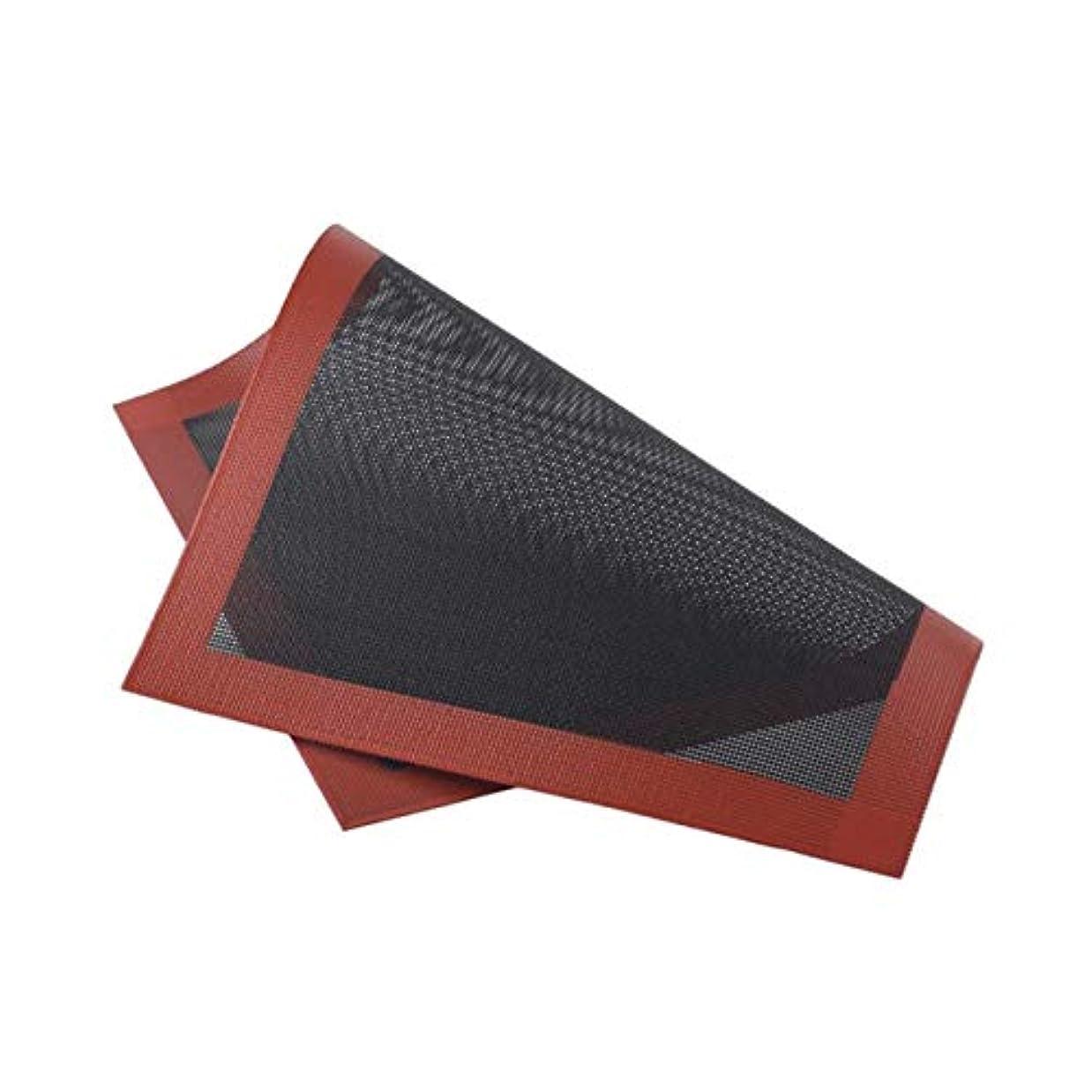 安全でない二度クックSaikogoods クッキーパンビスケットのための実用的なデザインホームキッチンベーキングツールのシリコンベーキングマットノンスティックベーキングオーブンシートライナー 黒と赤 直角
