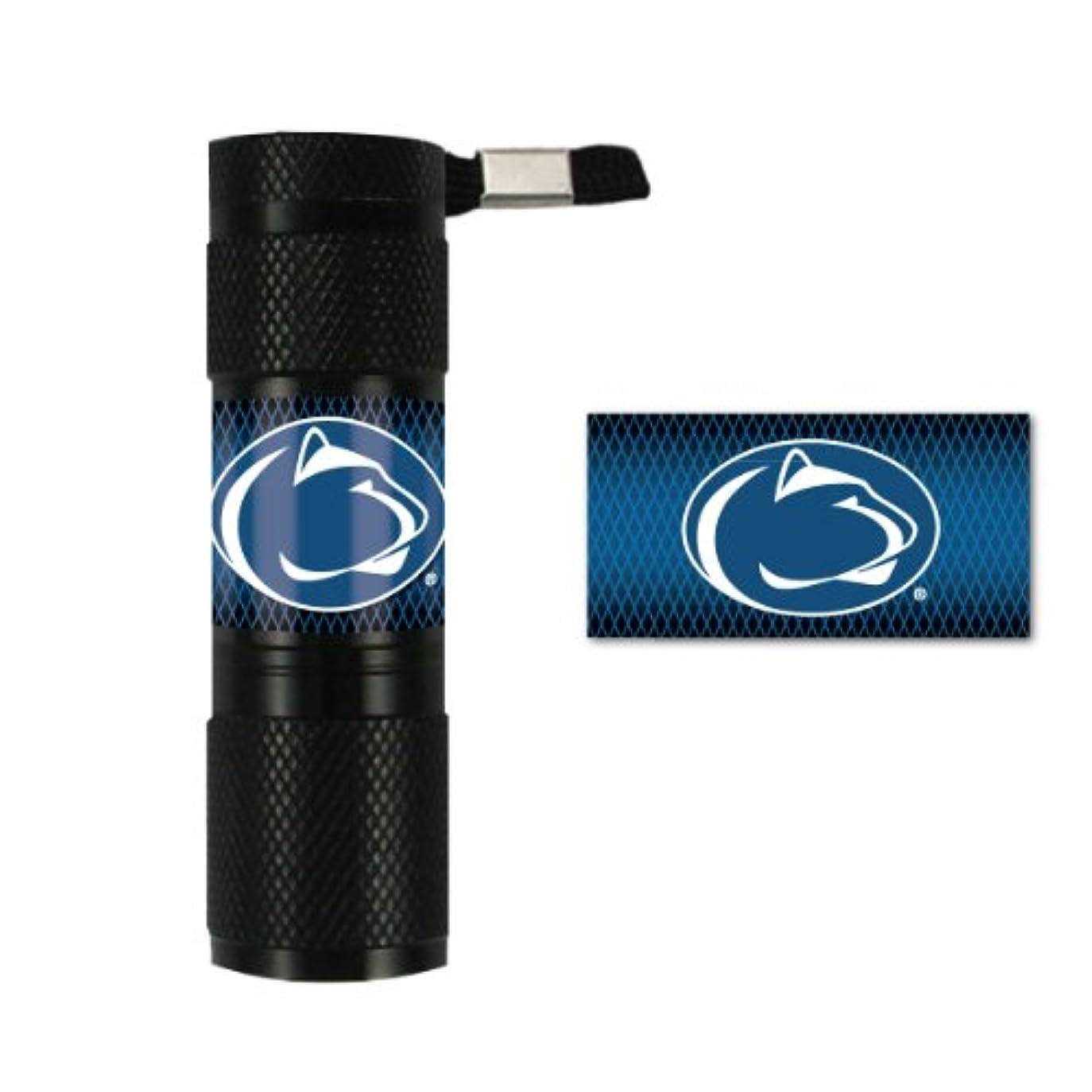 リズミカルな虐待直立Caseys Distribution 8162054354 Penn State Nittany Lions LED Flashlight