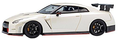 メイクアップ EIDOLON 1/43 ニッサン GT-R ニスモ N アタック パッケージ 2014 ブリリアントホワイトパール 完成品の詳細を見る