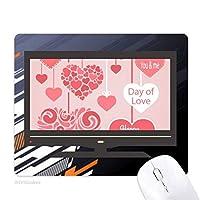 幸せなバレンタインデー愛があなたの心臓 ノンスリップラバーマウスパッドはコンピュータゲームのオフィス