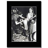 - Queen - Freddie Mercury Top Rump - つや消しマウントマガジンプロモーションアートワーク、ブラックマウント Matted Mounted Magazine Promotional Artwork on a Black Mount