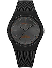 Superdry ' Urban ' QuartzプラスチックとシリコンCasual Watch , Color : Black ( Model : syg184ee )
