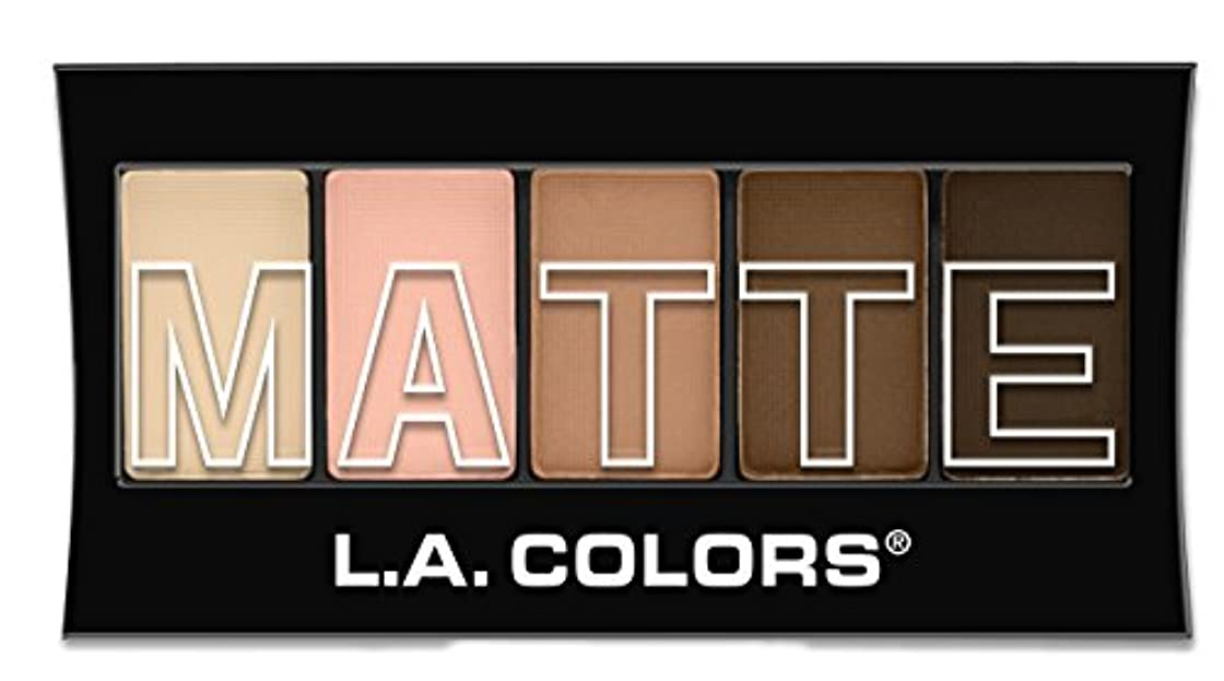しないでください吸い込む診療所L.A. Colors Matte Eyeshadow - Tan Khaki (並行輸入品)
