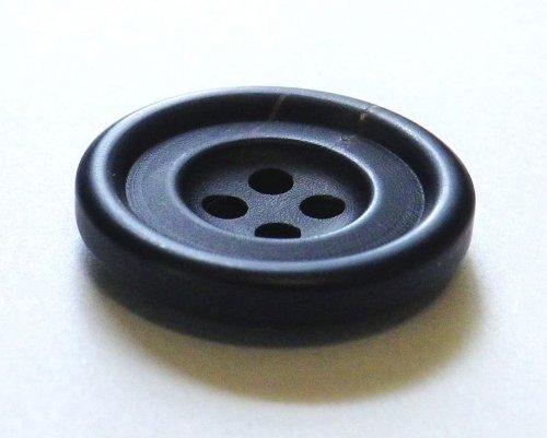 本水牛ボタン №530 シックな艶消しの黒色 23mm