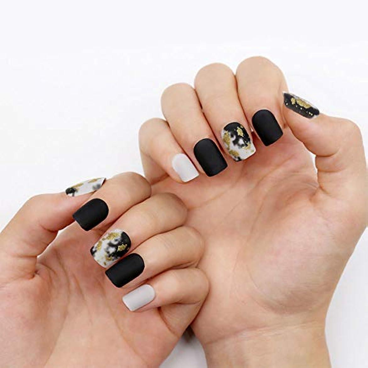 和約設定彫刻ネイルチップ 12サイズ 夏の 優雅 黒 つけ爪 ネイル用品 ショート デコレーション 無地 付け爪