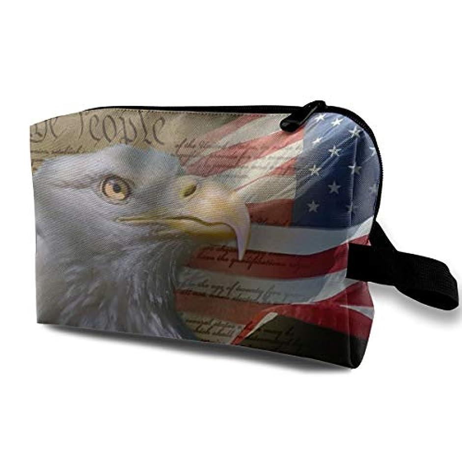 正規化安らぎ飾り羽Bald Eagle On American Flag 収納ポーチ 化粧ポーチ 大容量 軽量 耐久性 ハンドル付持ち運び便利。入れ 自宅?出張?旅行?アウトドア撮影などに対応。メンズ レディース トラベルグッズ