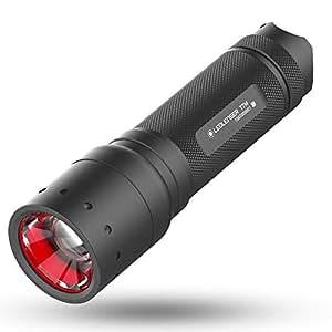 Ledlenser(レッドレンザー) LEDフラッシュライト T7M 日常/作業用/定番サイズ 【明るさ約400ルーメン】 【最長7年保証】 単4乾電池(AAA) x4本 [日本正規品] 9807-M