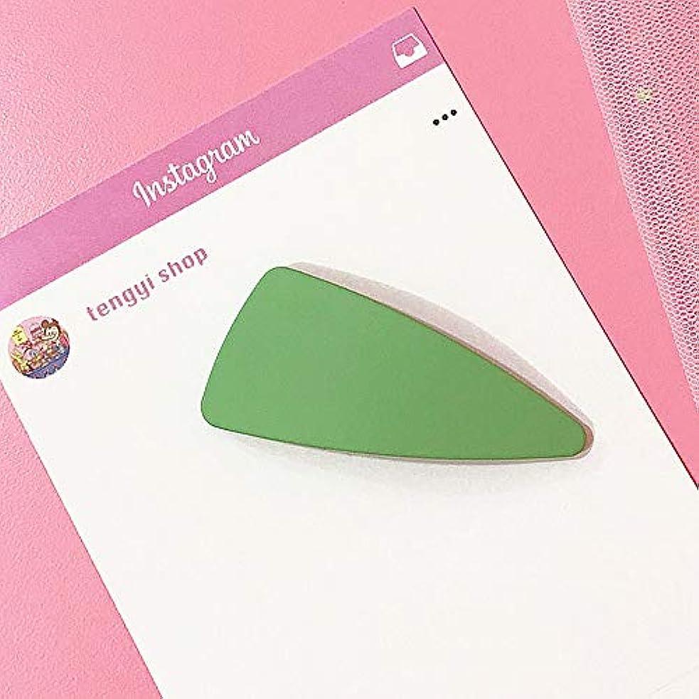 コモランマ調和のとれた異議HuaQingPiJu-JP キャンディーカラーヘアクリップトライアングルヘアピンマットテクスチャーヘアアクセサリー(グリーン)