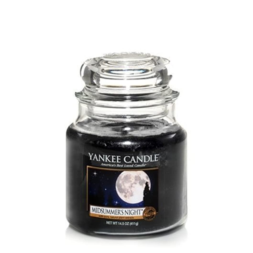 旅聞きます喜劇Yankee Candle Midsummer's Night Medium Jar Candle, Fresh Scent by Yankee Candle [並行輸入品]