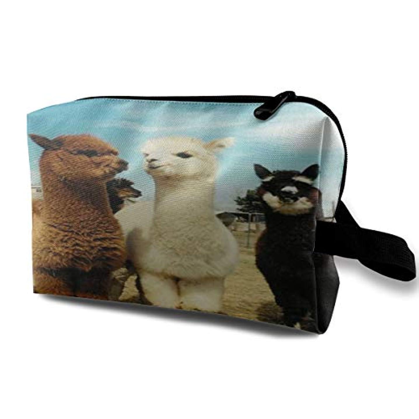 ブランク証人スクレーパーCute Alpaca 収納ポーチ 化粧ポーチ 大容量 軽量 耐久性 ハンドル付持ち運び便利。入れ 自宅?出張?旅行?アウトドア撮影などに対応。メンズ レディース トラベルグッズ