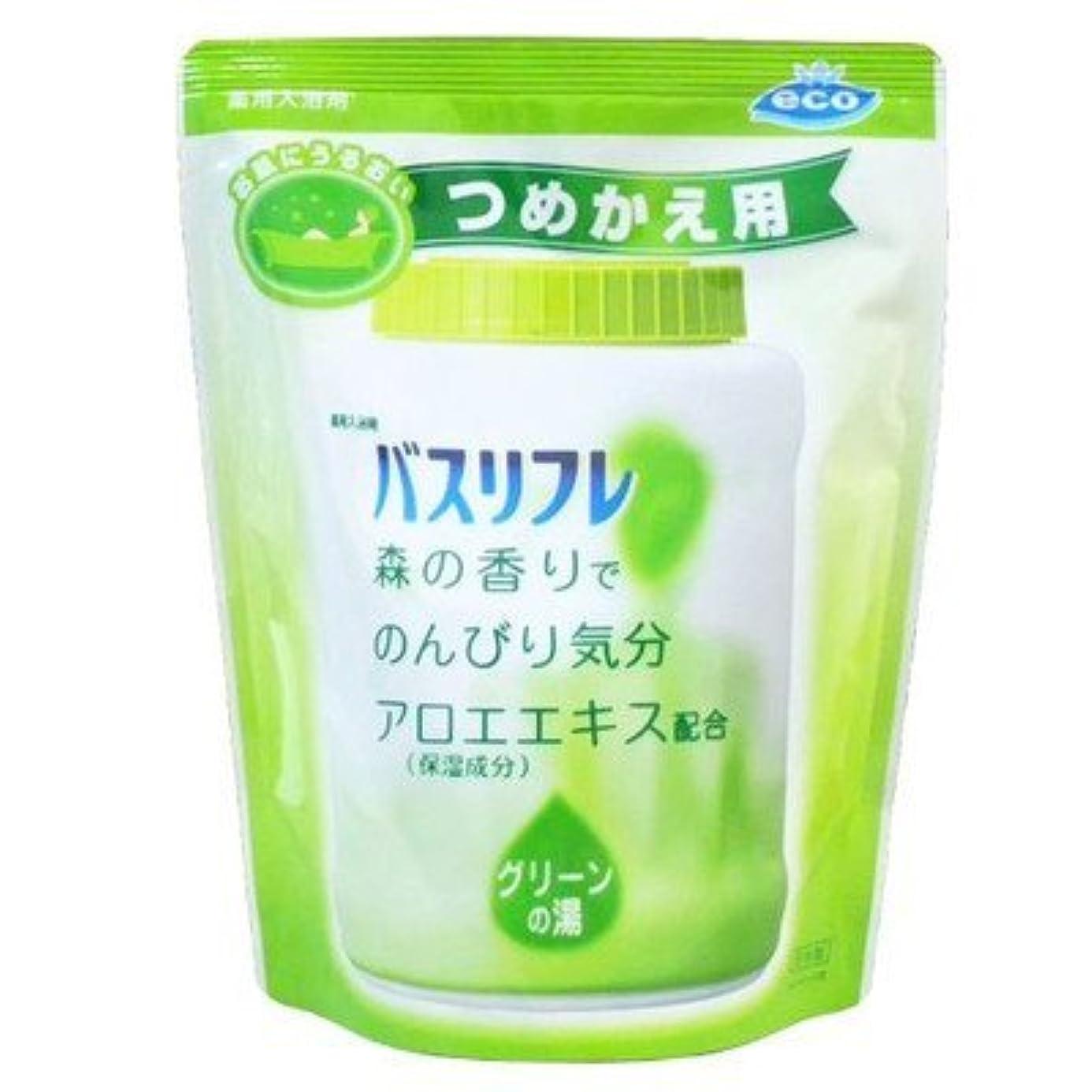 シュリンク寝具広範囲薬用入浴剤 バスリフレ グリーンの湯 つめかえ用 540g 森の香り (ライオンケミカル) Japan