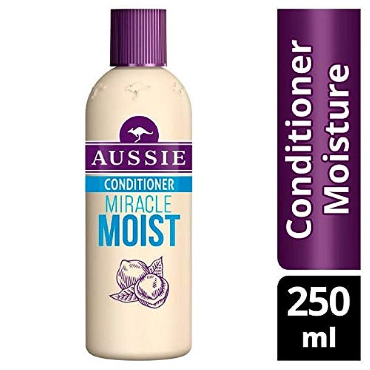 社会主義者拮抗する膨張する[Aussie ] オージー奇跡しっとりコンディショナー250Ml - Aussie Miracle Moist Conditioner 250ml [並行輸入品]