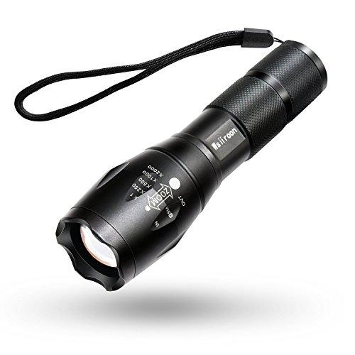Wsiiroon LED 懐中電灯 強力 超高輝度 ハンディライト 電池付き ズーム式5モード SOS点滅 軍用 停電 防災対策