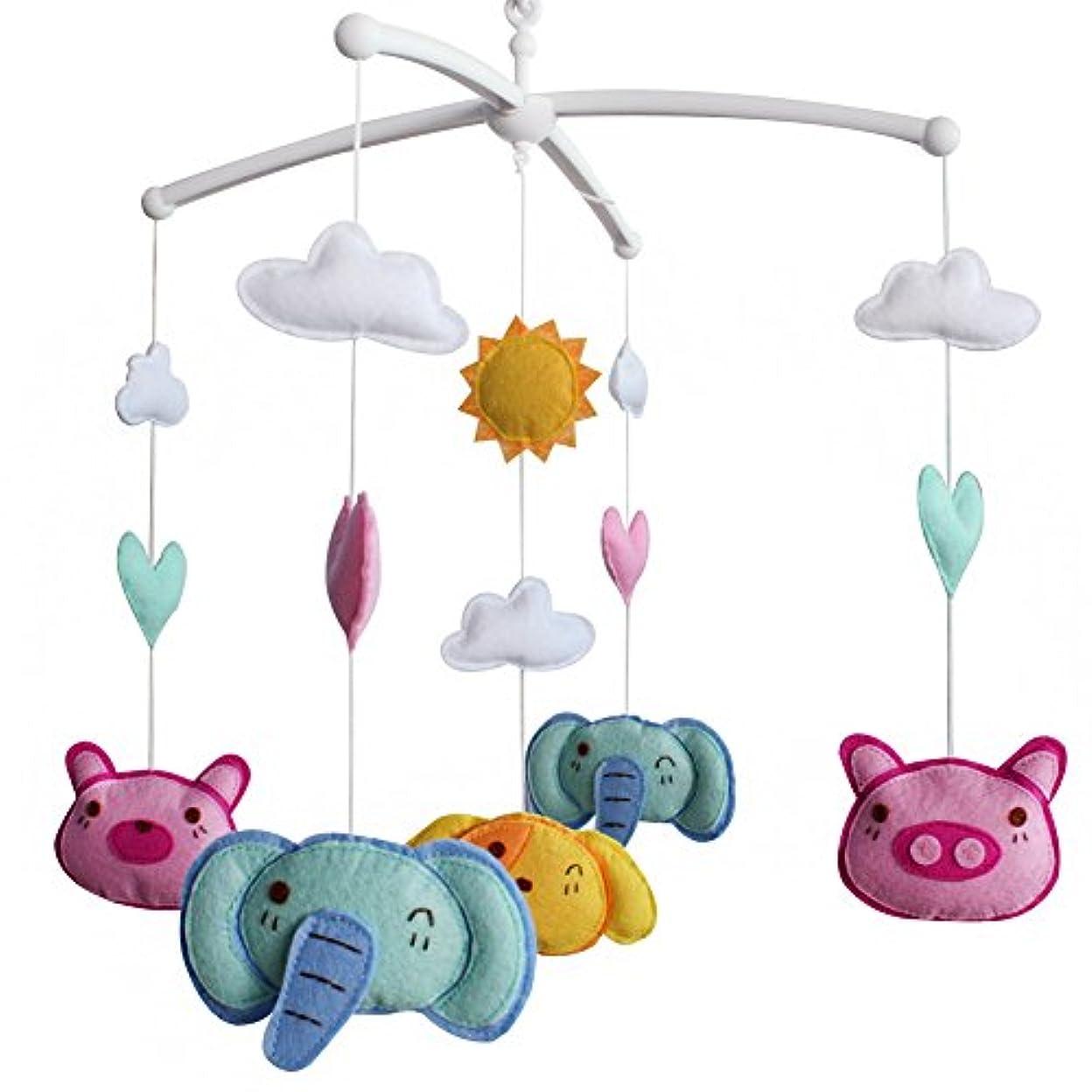 いまおじいちゃん説明するかわいい動物と赤ちゃんのベビーベッドモバイル、保育園モバイル、カラフル保育園インテリア