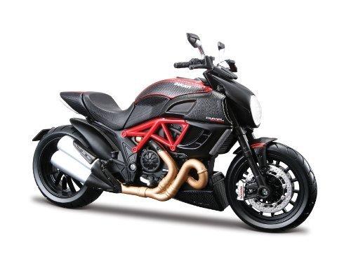 Maisto 1:12 Scale Ducati Diavel Carbon Model Motorbike by Maisto [並行輸入品]
