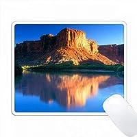 アメリカ、ユタ州、キャニオンズランド州のNPのコロラド川に反射するメサ。 PC Mouse Pad パソコン マウスパッド