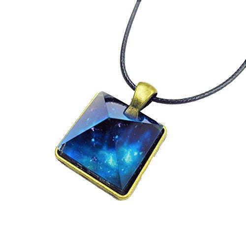 パワーストーン ペンダント ネックレス 夜光石 蓄光 クリスタルネックレス神秘的 ピラミッド 型 ファッション ジュエリー