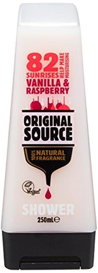 泥だらけ噴出するたっぷりCussons Vanilla Milk and Raspberry Original Source Shower Gel by Cussons