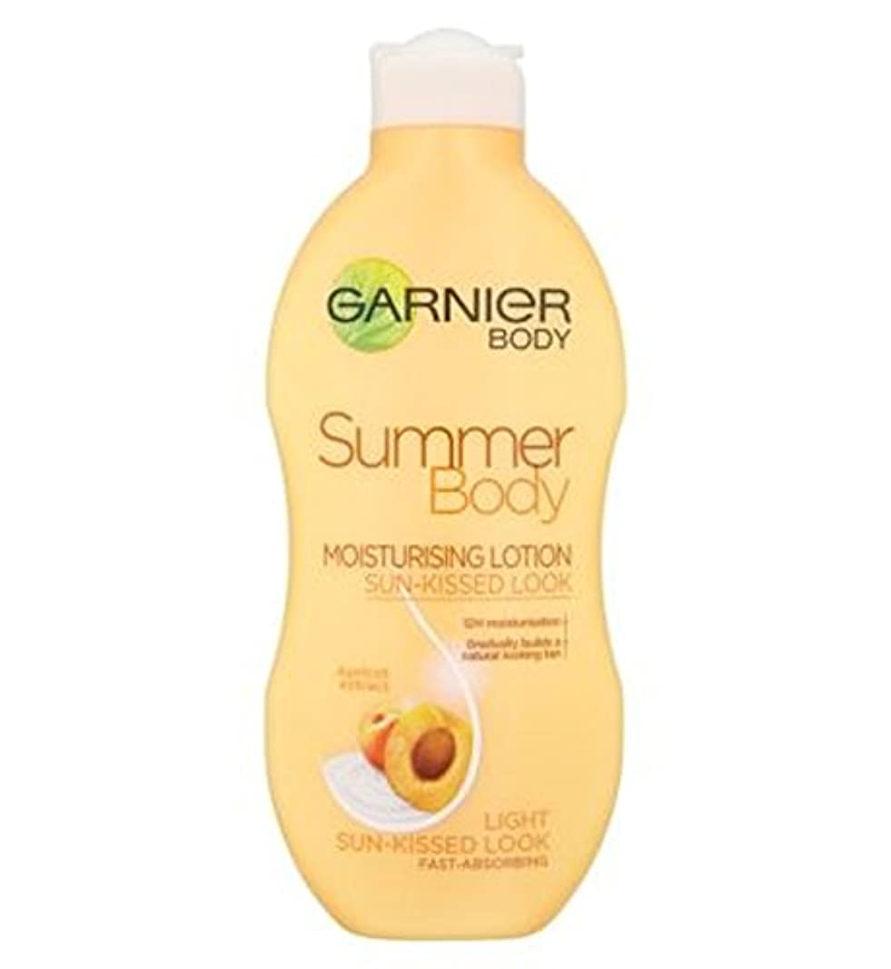補体プーノ故障中ガルニエの夏のボディローションライト日、キスをした250ミリリットル (Garnier) (x2) - Garnier Summer Body Lotion Light Sun-Kissed 250ml (Pack of...