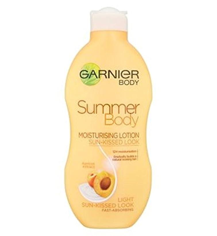 チューブ改善する統計Garnier Summer Body Lotion Light Sun-Kissed 250ml - ガルニエの夏のボディローションライト日、キスをした250ミリリットル (Garnier) [並行輸入品]