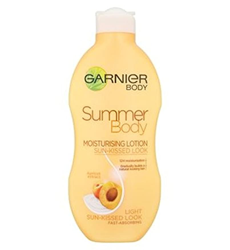 タール悪質なロマンスGarnier Summer Body Lotion Light Sun-Kissed 250ml - ガルニエの夏のボディローションライト日、キスをした250ミリリットル (Garnier) [並行輸入品]