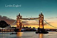 【イギリスの風景ポストカード】地名入り「London England」朝焼けのタワーブリッジ