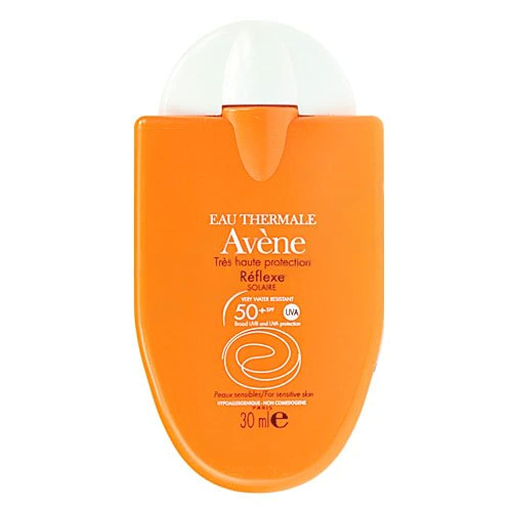 確認夫通り抜けるAvene Sunscreen Reflexe 50+ 30ml [並行輸入品]