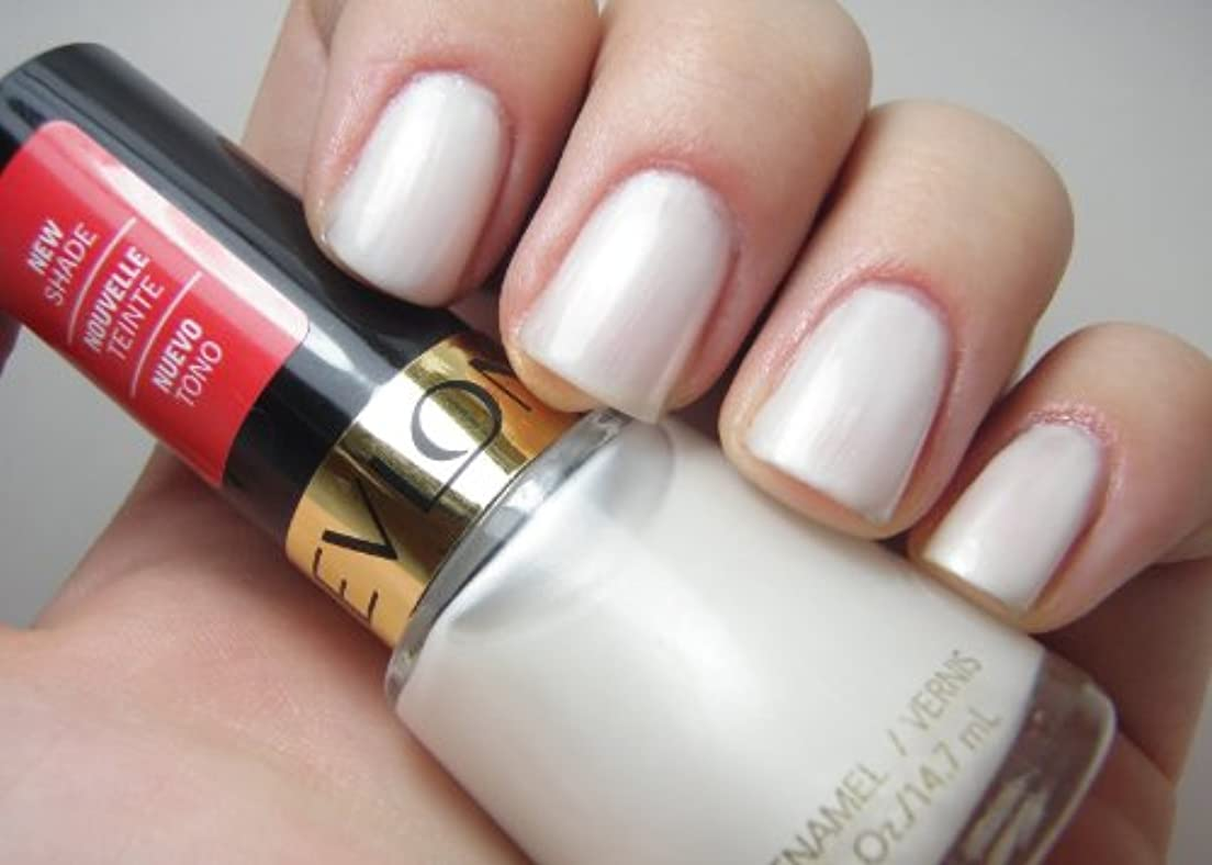 擁する床グラフィックREVLON Nail Enamel Masquerade Collection Phantom Angel (並行輸入品)