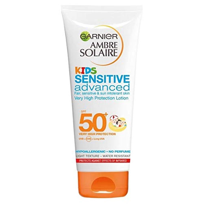 前者立方体[Garnier ] アンブレSolaire子供敏感日クリームローションSpf50 + 200ミリリットル - Ambre Solaire Kids Sensitive Sun Cream Lotion SPF50+ 200ml...