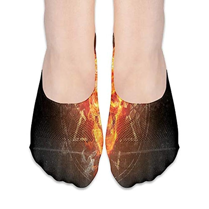 どれでも急性まだら女性の燃える頭蓋骨(4)ローカットコットンボート隠し目に見えない靴下