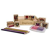 Melissa & Doug木製PersonalizedフレンドシップスタンプセットIncludes 9スタンプ/ 5 Colored Pencils / 2色スタンプパッド