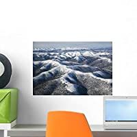 Winter Snow Covers Mountains Wall Mural by Wallmonkeys Peel and Stick Graphic (18 in W x 12 in H) WM168715 [並行輸入品]