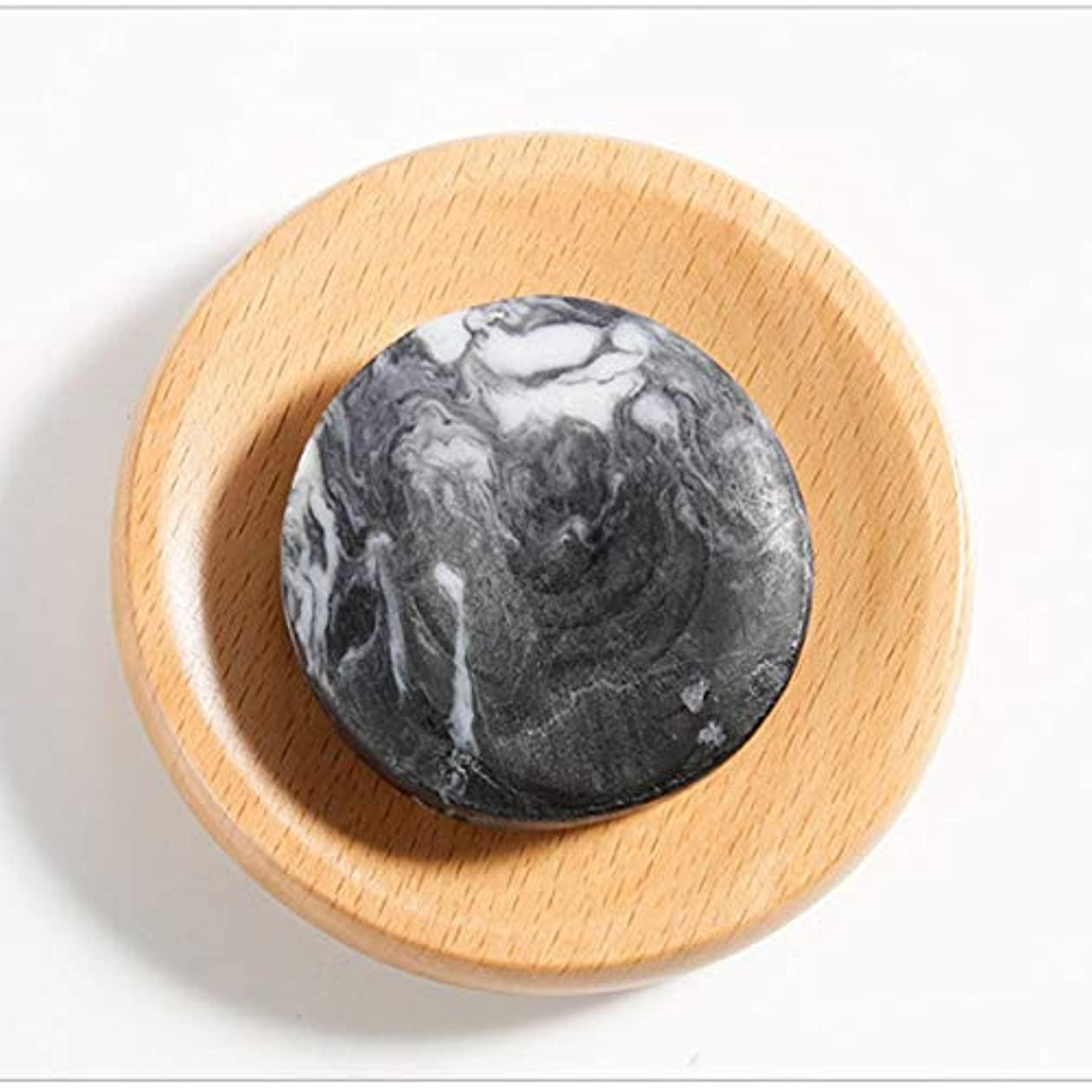 残り物自分粘着性Intercorey Mineral Volcanic Mud Handmade Soap Bath Body Soap Deep Cleansing Oil Control Soaps Cleanser