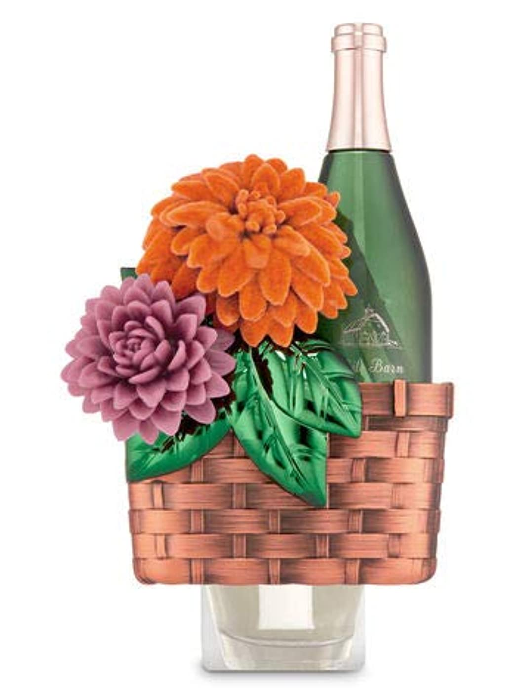 一緒細胞パン【Bath&Body Works/バス&ボディワークス】 ルームフレグランス プラグインスターター (本体のみ) ワインバスケット Wallflowers Fragrance Plug Wine Basket [並行輸入品]