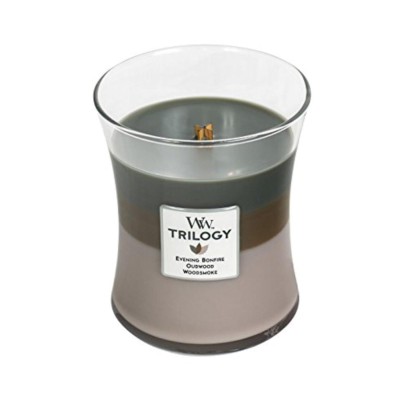 涙が出るフラグラントレンディションWoodwick Trilogy Cozy Cabin、3 - in - 1 Highly Scented Candle、クラシック砂時計Jar、Medium 4インチ、9.7 Oz
