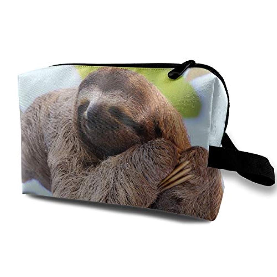 数実用的商品Funny Sloth 収納ポーチ 化粧ポーチ 大容量 軽量 耐久性 ハンドル付持ち運び便利。入れ 自宅?出張?旅行?アウトドア撮影などに対応。メンズ レディース トラベルグッズ