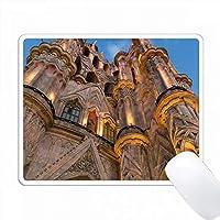 メキシコ、サンミゲルデアジェンデ。 Parroquia de San Miguel Arcangel教会 PC Mouse Pad パソコン マウスパッド