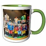 3drose Danita Delimont???Lisa S Engelbrecht???Figurines???木製くるみ割り、クリスマス市場、Mainz、ドイツ???マグカップ 15-oz Two-Tone Green Mug mug_188755_12