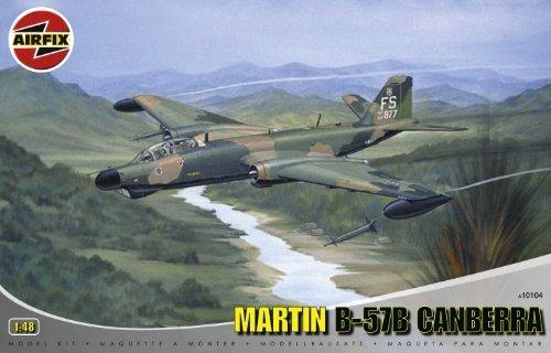 Airfix A10104 1:48 Scale Martin B-57B Canberra - B-57B, RB-57E, RB-57G Military Aircraft Classic Kit Series 10 [並行輸入品]