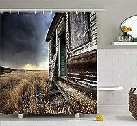 素朴な家の装飾シャワーカーテン、カナダの曇り雷雨の日のフィールドで日付の木造農家写真、フック付き布製バスルームの装飾、長さ75インチ、マルチ