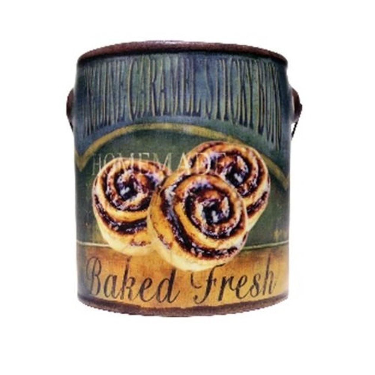 湿ったペフ目に見えるA Cheerful Giver Praline Caramel Farm Fresh Candle 20 oz [並行輸入品]