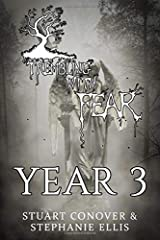 Trembling With Fear Year 3: Year 3 ペーパーバック